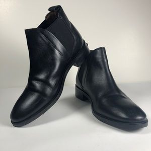 Topshop black leather ankle Chelsea boots